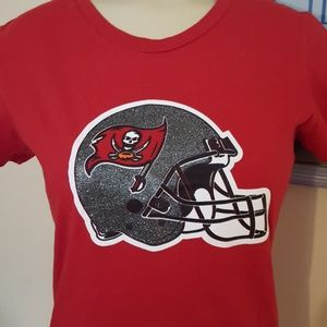 Tampa Bay Buccaneers t shirt Size S